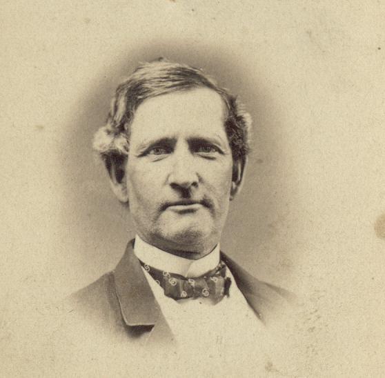 18622