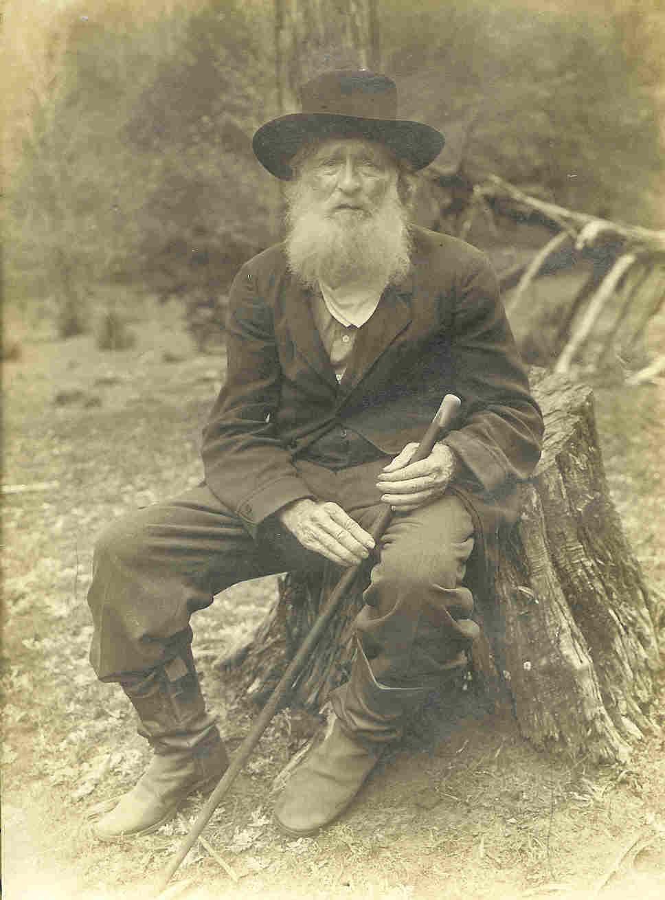 18664