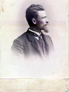 18754