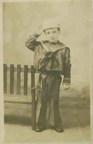 18959