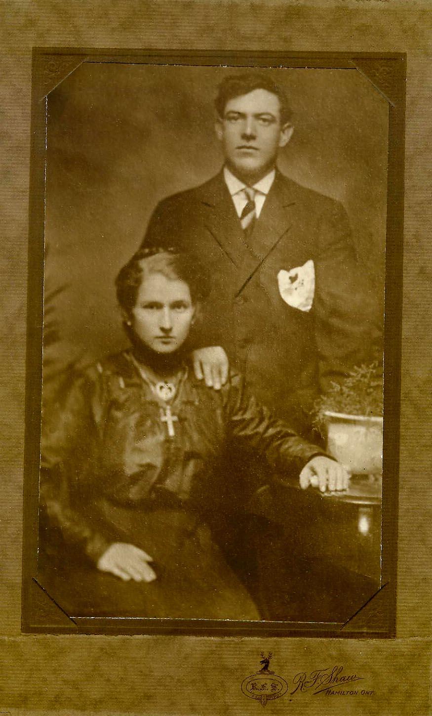 18964