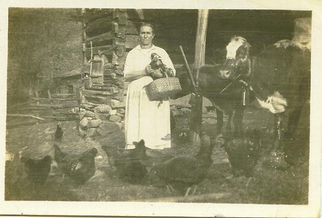 19053