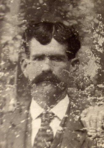 19069