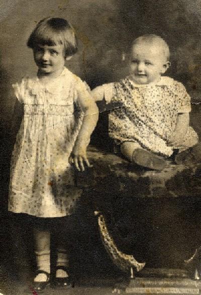 19084