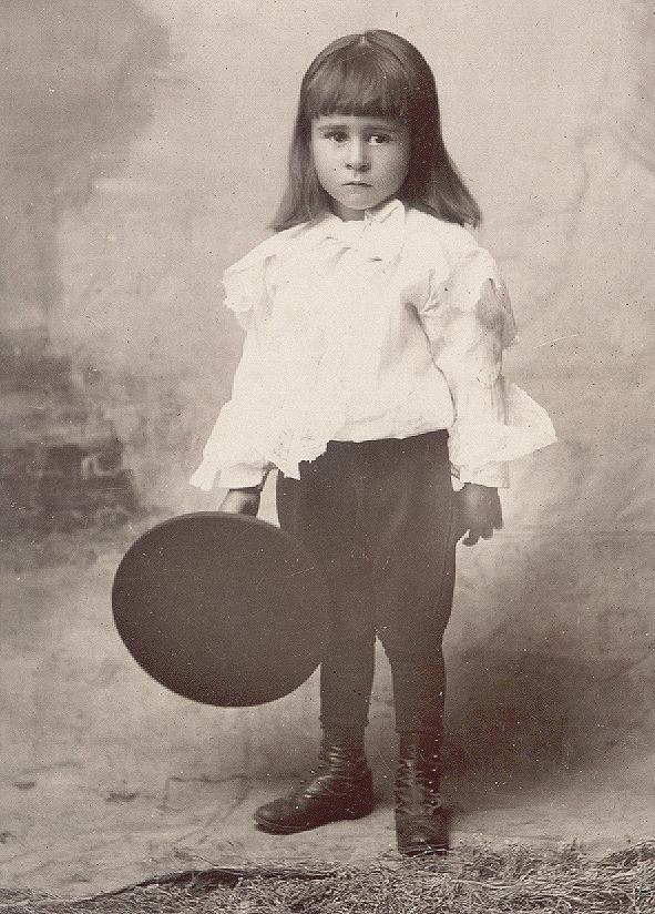 19223