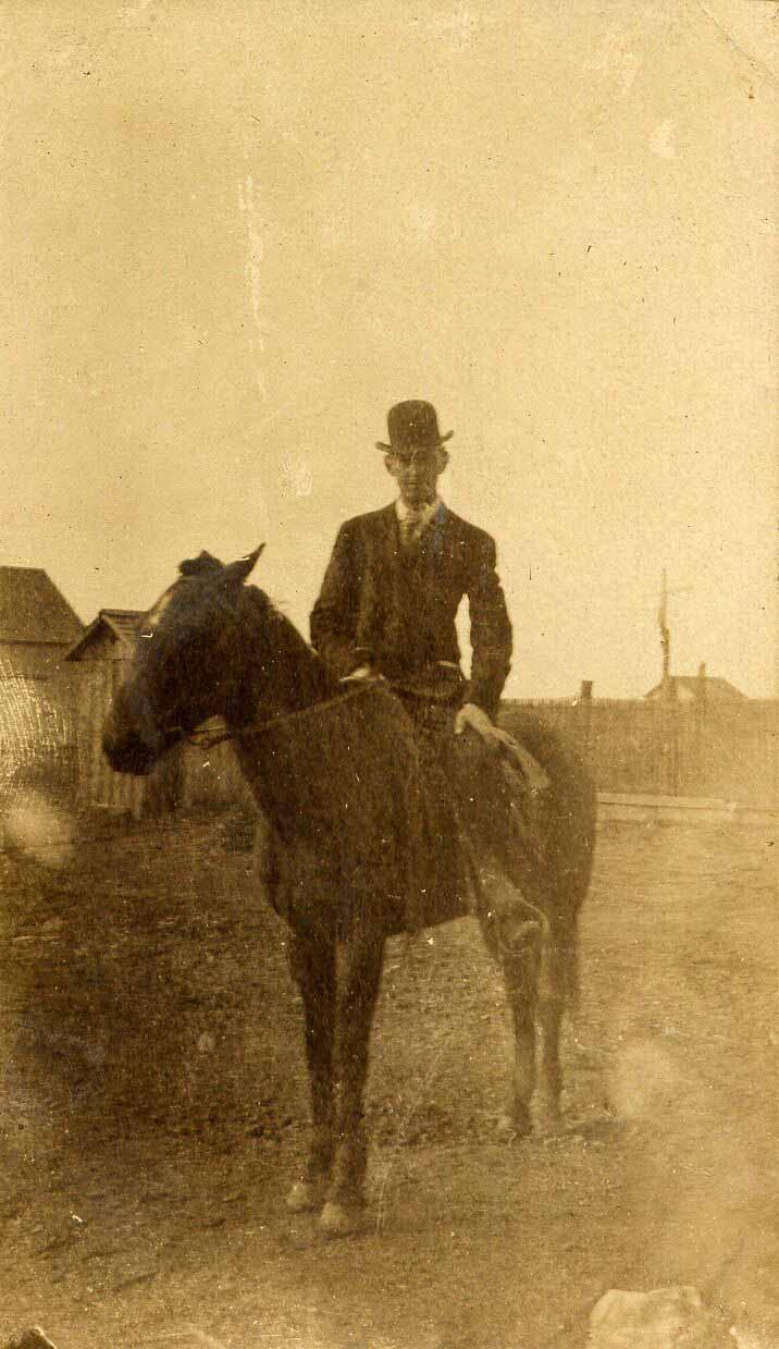 19231