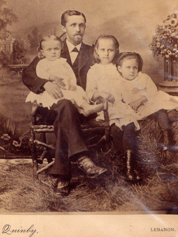 19302