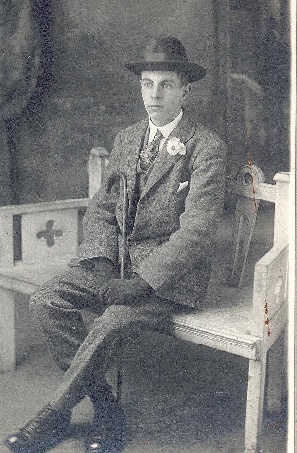 19326
