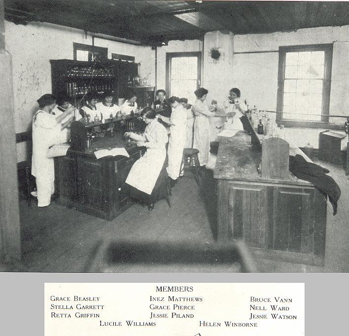 19569